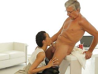 OLD4K. Old boss penetrates tanned secretary