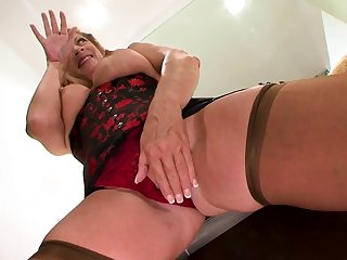 Mature French bitch in stockings enjoys interracial lovemaking