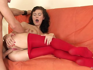 Hard anal penetration for amazing amateur brunette unreserved at near casting