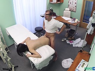 Lady D. gets to know her horny doctor in an intimate way
